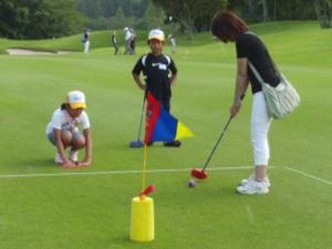 親子でスナッグゴルフ体験